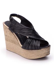 Siyah Yarı Kapalı Sandalet